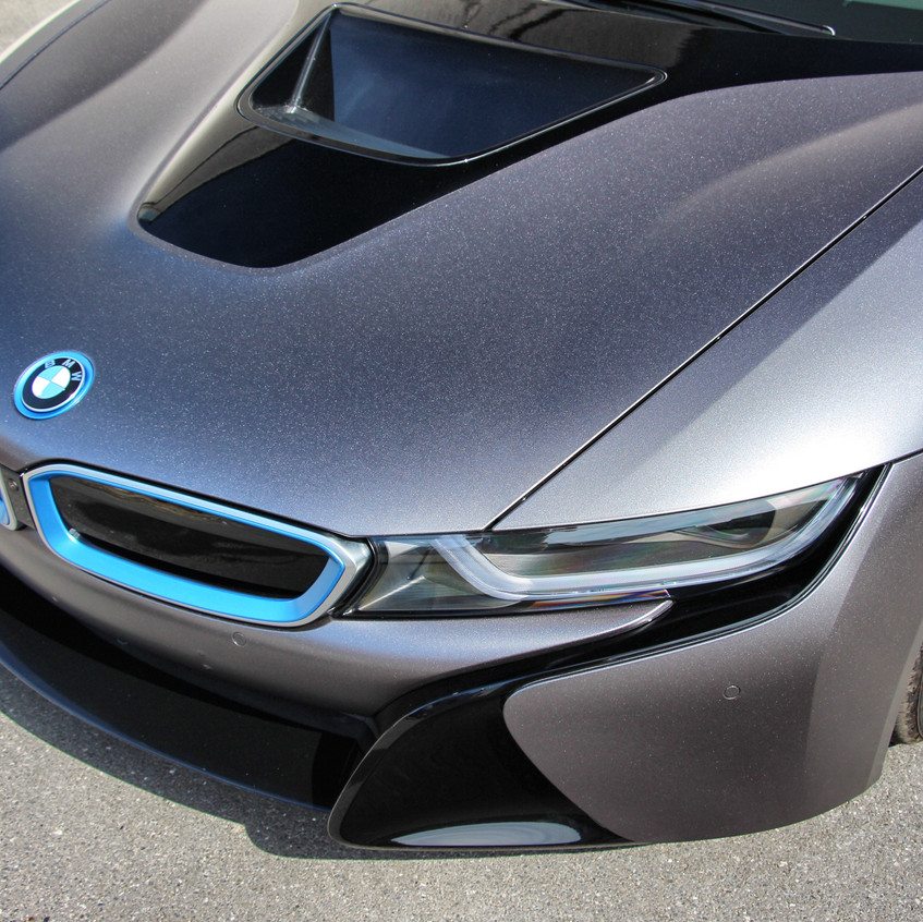 BMW i8 Satin Dark Grey Carwrap