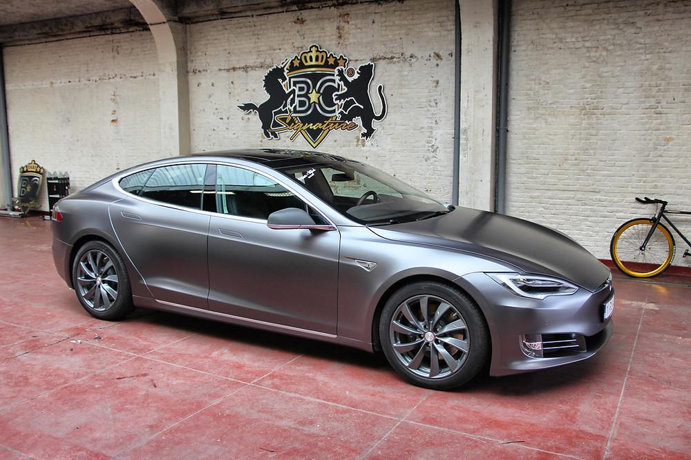 Tesla Model S Satin Dark Grey Carwrap