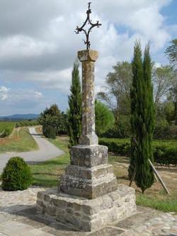 Alairac : croix de Catuffe