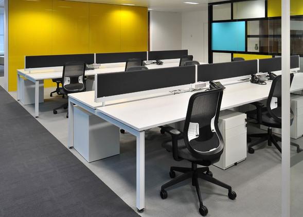 do-office-desks-office-chairs-2.jpg
