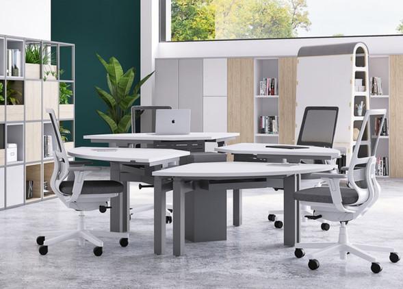 disc-office-desks-office-chairs-5.jpg