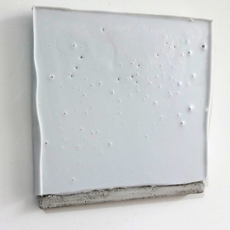 Sem  título, 2016 Encáustica sobre cimento. 19,5x20x2 cm