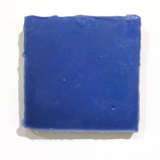 Sem título, 2016. Tinta acrílica e parafina sobre cimento. 20x20x3cm