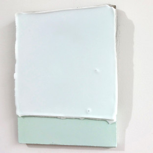 Sem  título, 2016 Encáustica e tinta acrílica sobre cimento. 14x16x4cm