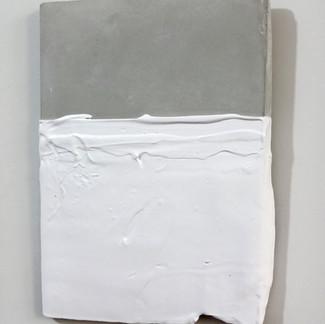 Sem  título, 2016 Tinta serigráfica sobre cimento. 29,5x19x2 cm