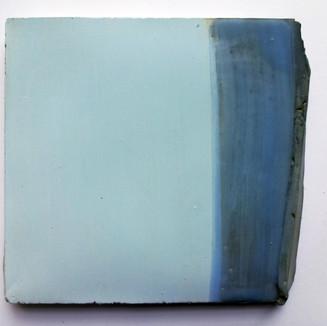 Azul cimento, 2016 Tinta acrílica e encáustica sobre cimento. 16x14x1 cm