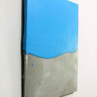 Sem título, 2016 Borracha de silicone sobre cimento. 28,7x19x1 cm