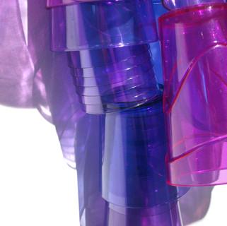 Sem título I, 2010 plásticos e acetato  80x45x20cm