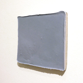 Sem título, 2016. Encáustica sobre cimento. 20x20x3cm