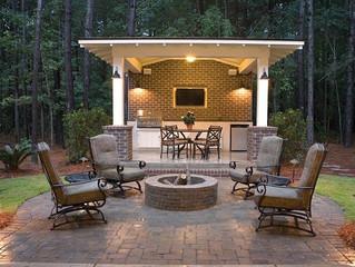 Outdoor Living Decor