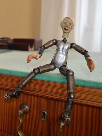 original_robot_Capkuv_stul_Strz_edited.j