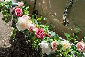 Flower garlands for vintage wedding beetle
