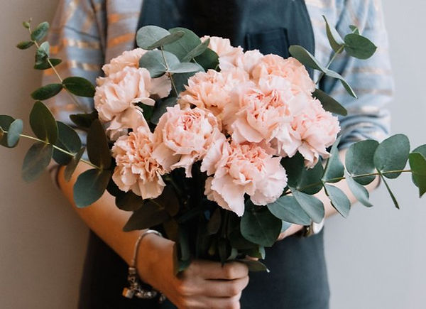 5ecf7cb28f116_entretenir_bouquet_fleurs_