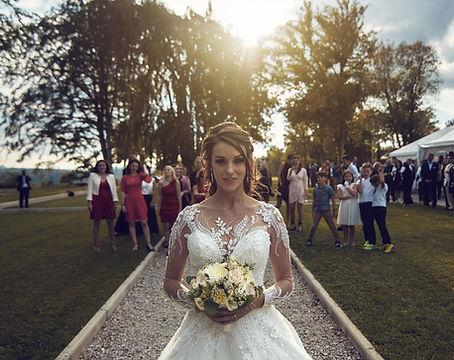 Le bouquet de la mariée, le chant des fleurs, fleuriste Franois