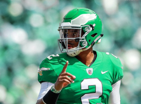 Jalen Hurts in Kelly Green Makes NFL's One Helmet Rule Look Like an Absolute Felony