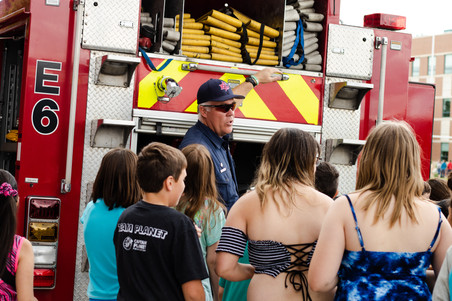 Students learn from GJFD