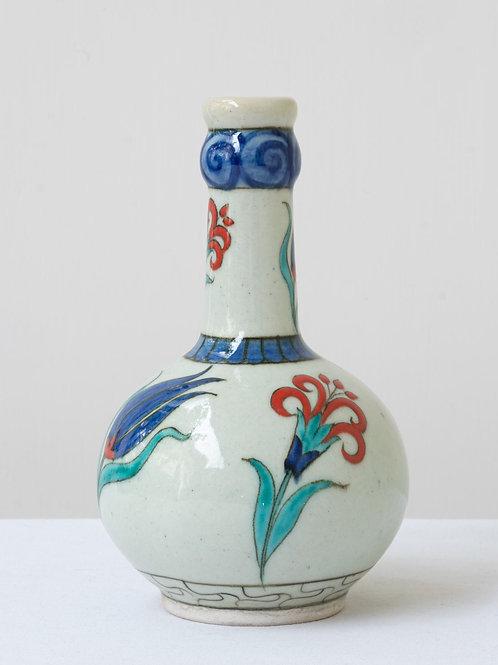 (1) Decorative Iznik inspired ceramic vase