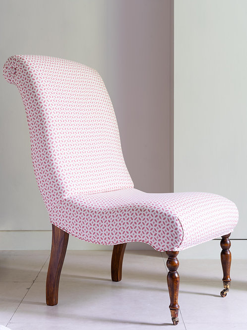 Slipper chair in Cloth and Clover fabric