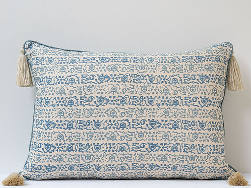 Good sized rectangular Lisa Fine/ Claremont cushion with tassels