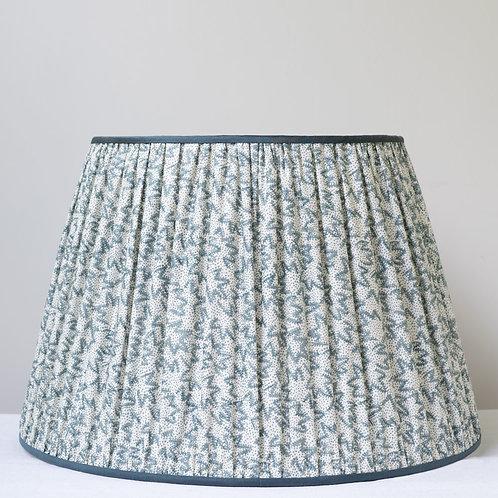 "Elegant 14""/36cm base Claremont Nathalie silk trimmed lampshade (one of pair)"