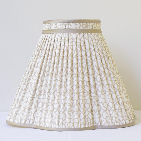 """12"""" (30cm) base shade in Howe printed cotton"""