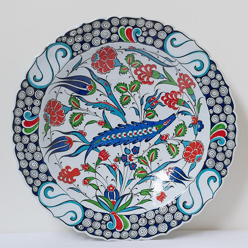 Large convex plate with Ottoman style fluted edges and motifs (C)