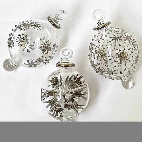 Mixed set of 3 Christmas baubles