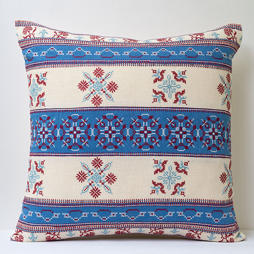 "20""/50cm square embroidered linen cushion"