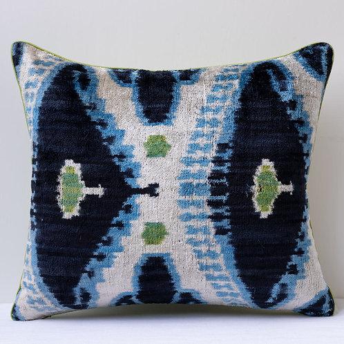 Rectangular silk velvet/silk taffeta cushion