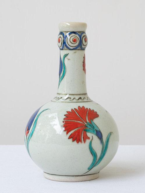 (9) Decorative Iznik inspired ceramic vase