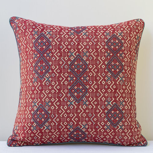 "50cm/ 20"" cushion in Susan's Criss Cross fabric piped in antique natural linen"