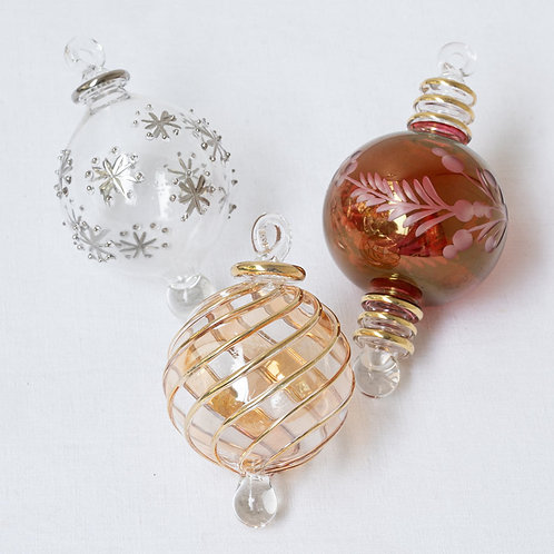 Mixed set no. 15A of 3 Christmas baubles