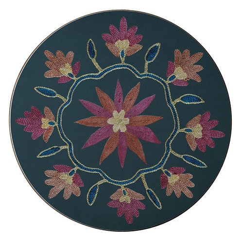 Daisy and garland table mat in dark green (price per mat)