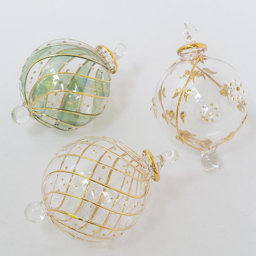 Mixed set A 3 gold/clear Christmas baubles