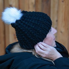 Columbia Faux Fur Pom in Black with Whit