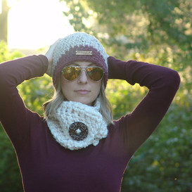 Two-tone Beanie and Fisherman Ivy Button