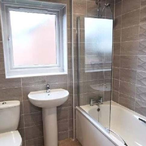 family-bathroom.jpg