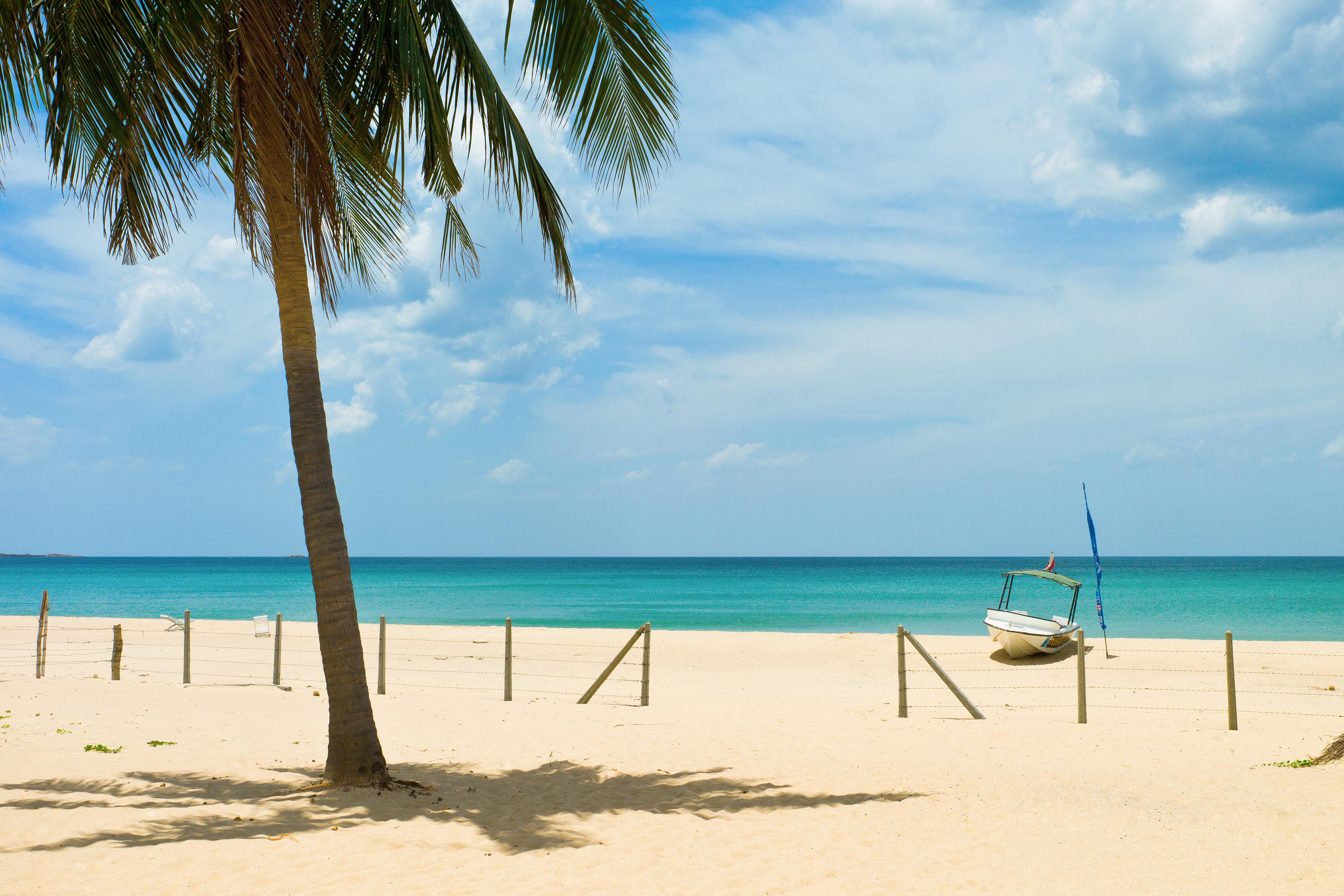 White sandy beach at Trincomalee