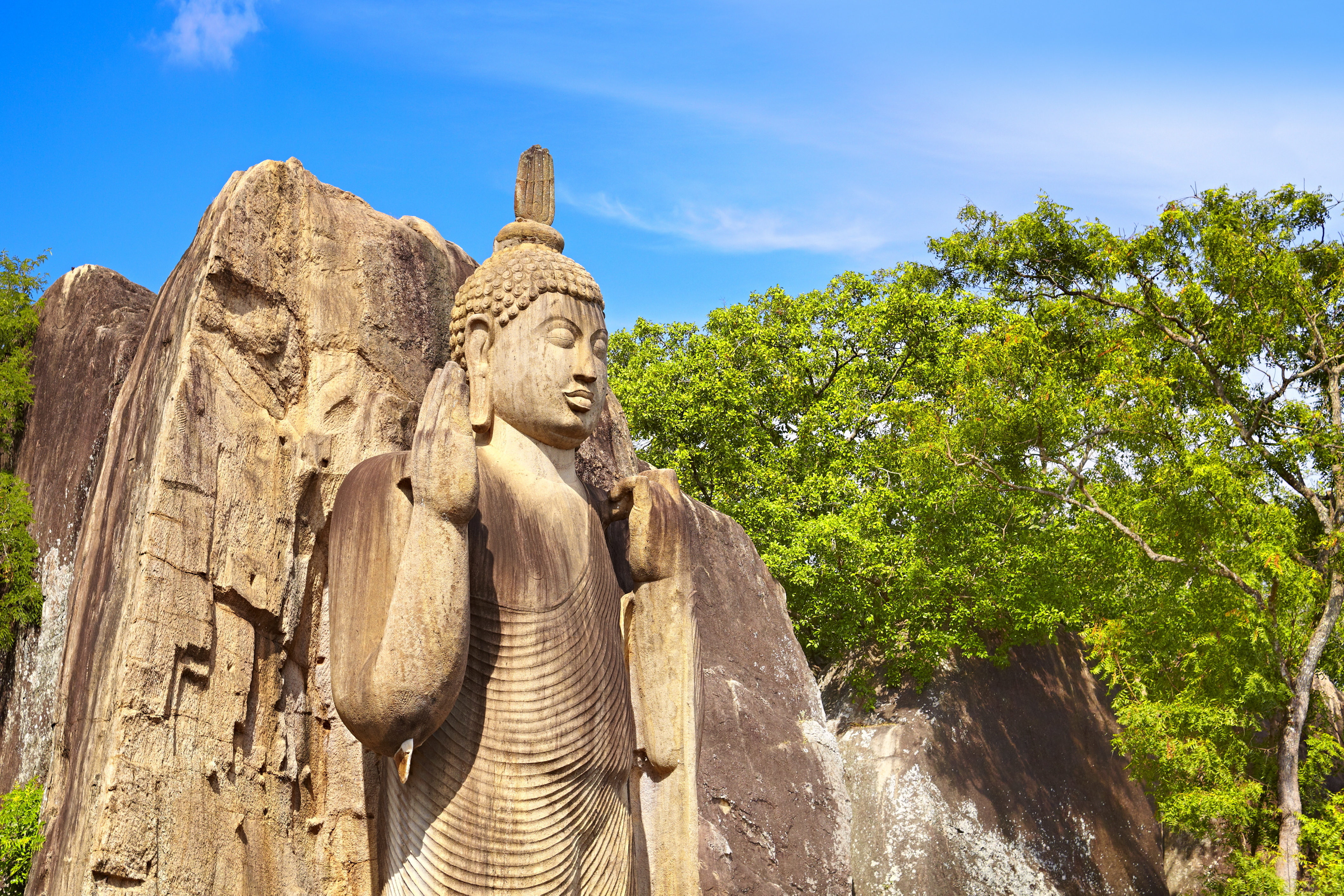 Buddha statue, Anuradhapura