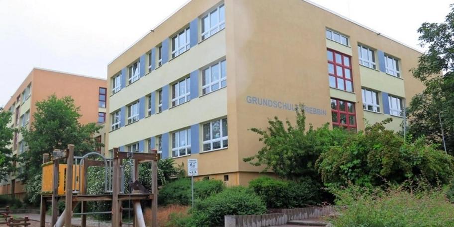 Hitzeschutz-fuer-Schule-gefordert_big_teaser_article_webp.jpg
