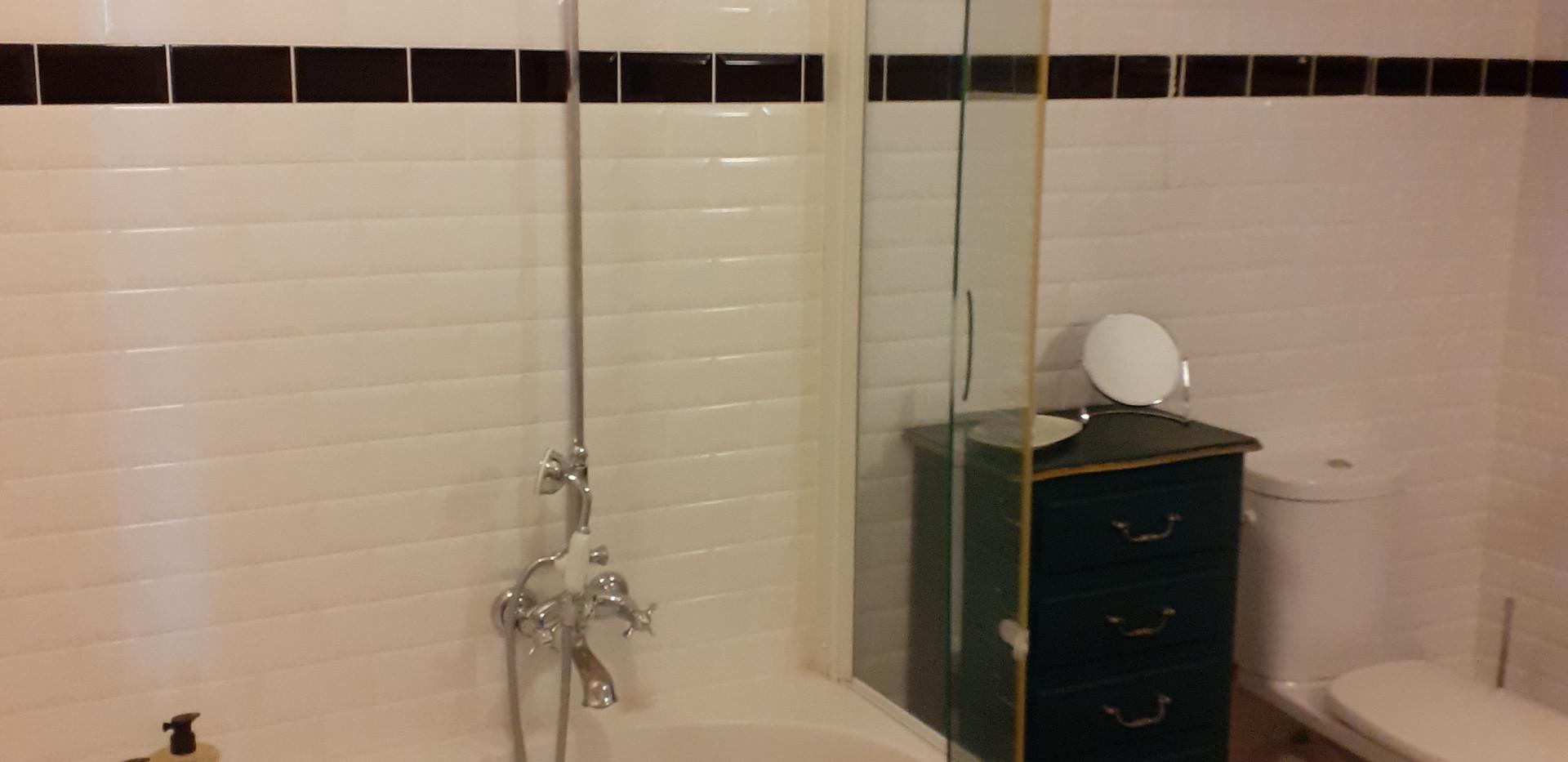 salle-de-bain-privative-chambre-mantelot
