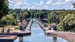 pont-canal-briare-chateau-musee-site-historique-maison-colette-bussiere-guedelon-saint-brisson-ecluse-mantelot-sully-sur-loire