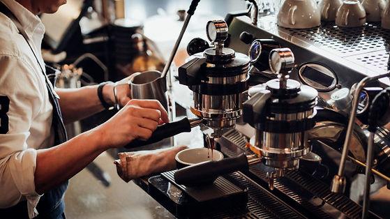 espresso-a-partir-da-maquina-de-cafe-faz