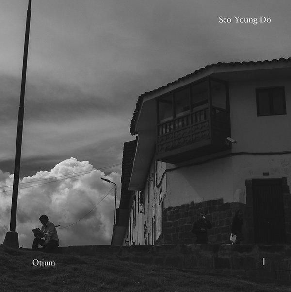 Seo Young Do_ otium_Vinyl design_final_b&w_dot gain 15%-1.jpg