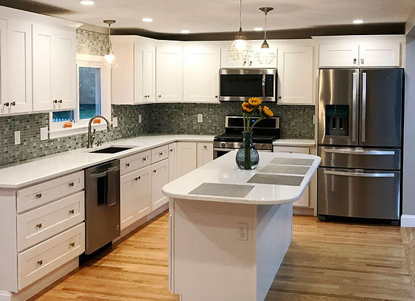 White Shaker, Kitchen Cabinet - affordable Cabinets- showroom  厨柜店