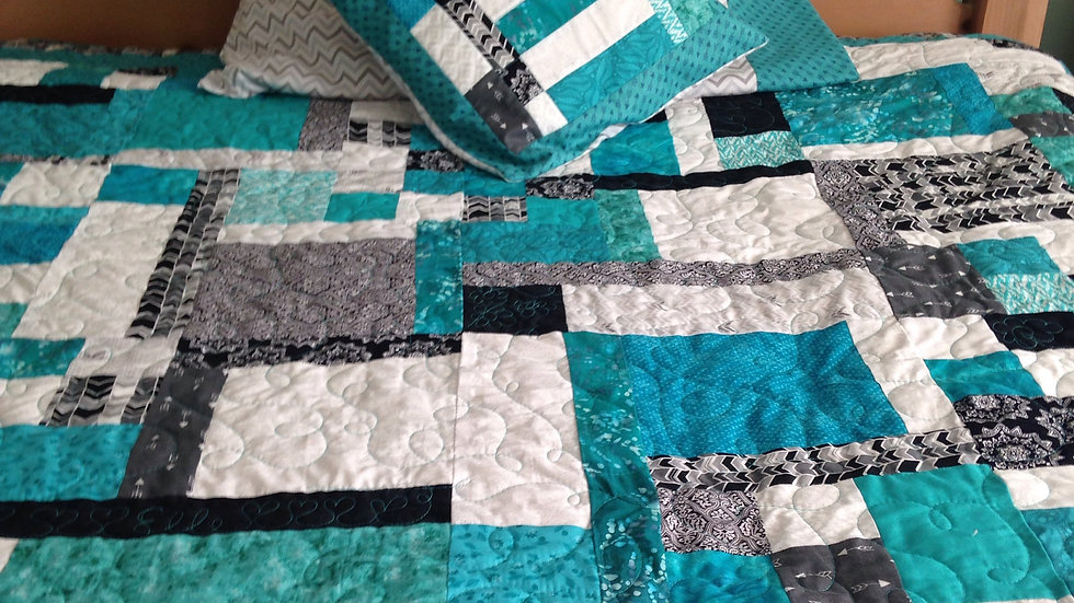 Custom Quilt Order ($150 deposit required)