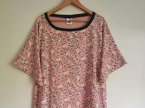 Short Sleeved Pink Bubbles Lottie T-Shirt