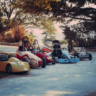 Petites voitures rocher des Dôms