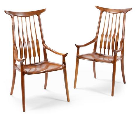 Hornback Chair in Walnut