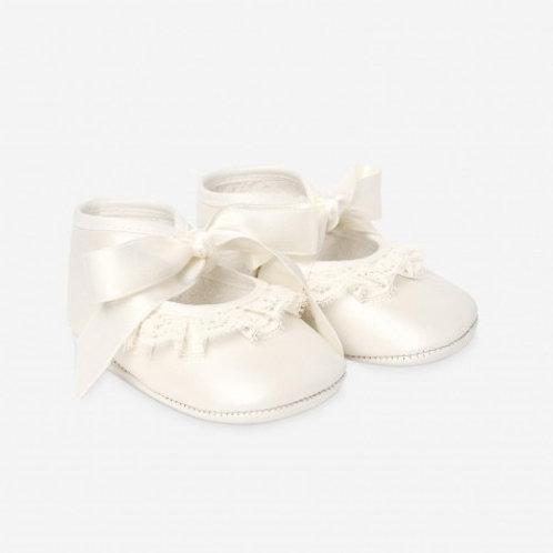 Paz Rodriguez Ivory Leather Baby Shoes
